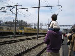 電車がいっぱい