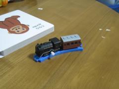D51機関車と茶色い客車