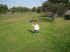 城南島海浜公園の芝生にて2